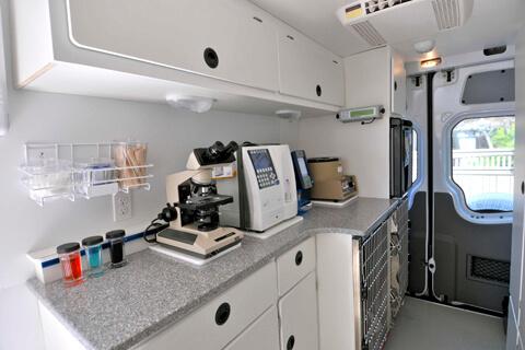 Mobile Vet Clinic 6